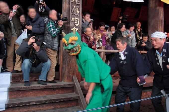 「だだおし」は奈良を代表する初夏の火祭りのひとつ