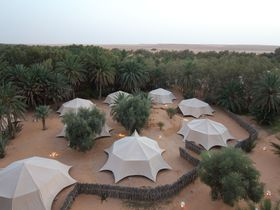 チュニジアの豪華テント「ヤディス クサール ギレン」でサハラ砂漠を満喫!