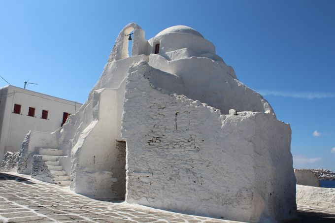 祈りの島・360の教会を訪ねて
