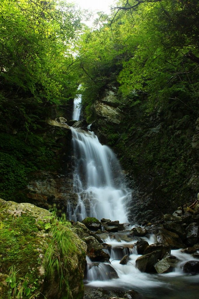 絶景の『日暮しの滝』、日本一の『蕎麦畑』は圧巻!会津下郷町