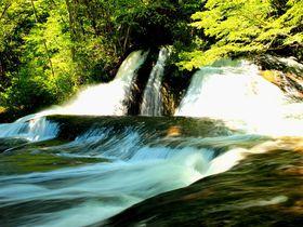 『熊のすべり台』と阿武隈川渓流の滝めぐり!福島県西郷村