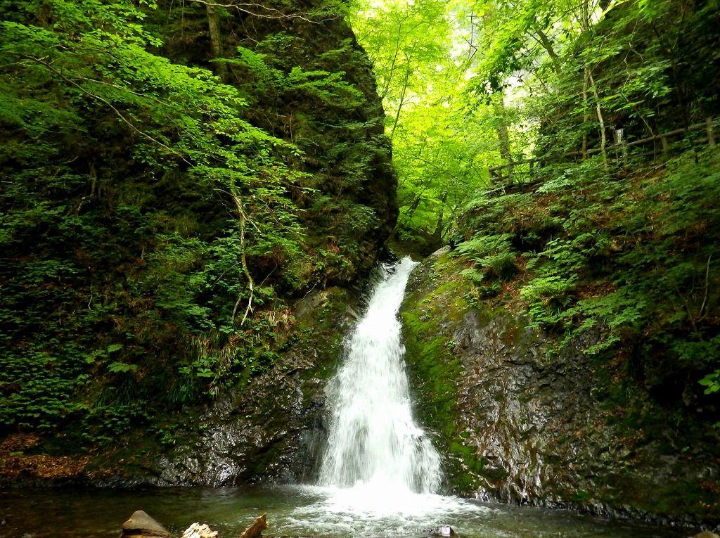 コースのラストは『風挙の滝』塩原最大最美の『竜化の滝』他を一挙観瀑!