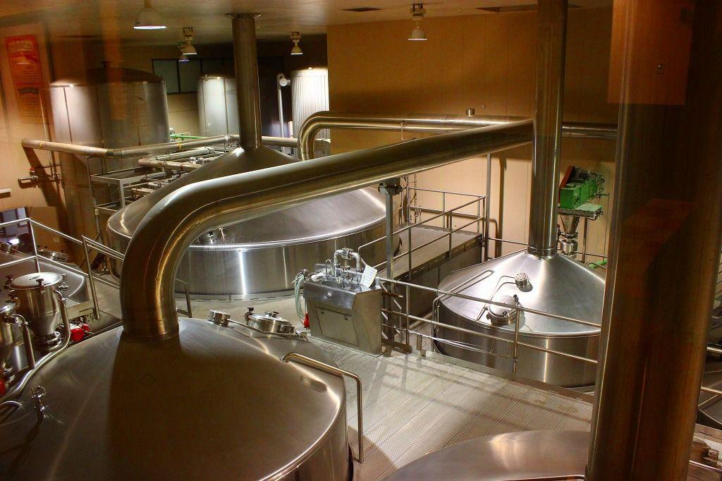 那須工場醸造限定ビールの製造ラインは工場見学展望デッキから!