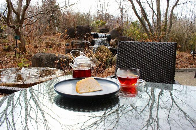 """晴れた日は""""テラス席""""でお茶とケーキを!"""