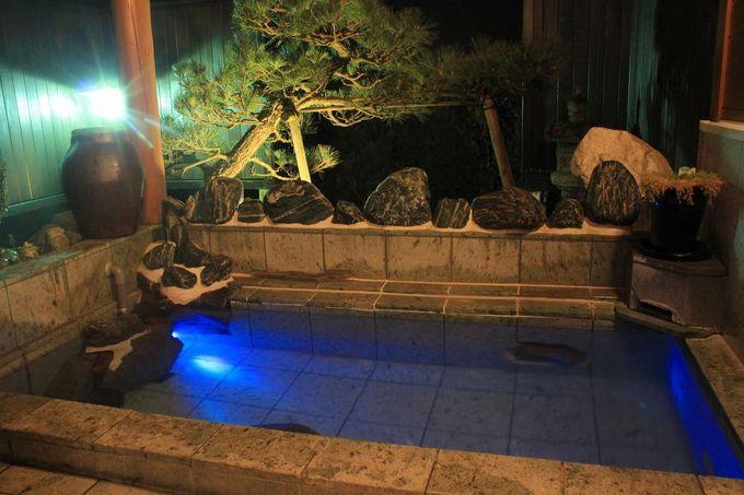 お風呂でかんぱ〜い♪お得な特典付もある、2つの貸切露天風呂!