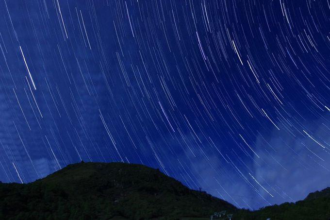 那須高原の天気の良い夜空には満天の星が輝いています!
