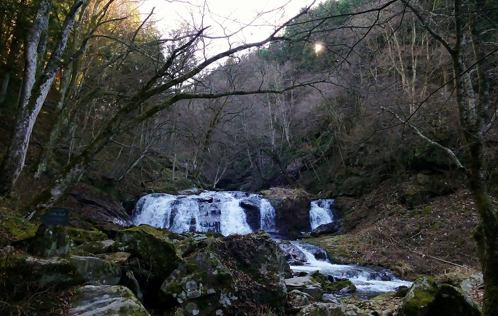 「江竜田の滝」は初心者にお薦め!複数の滝が連続しています