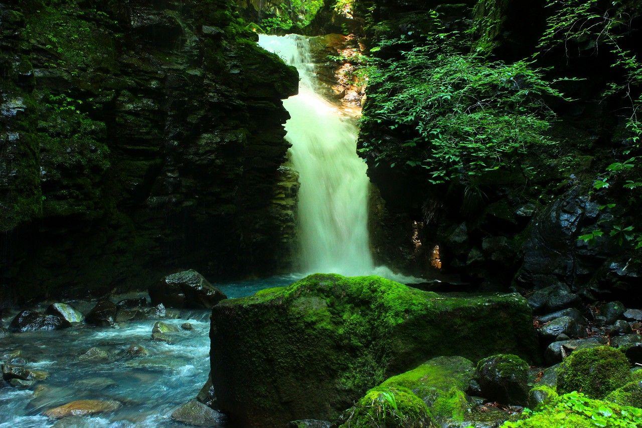 矢板市と那須塩原の境目が滝のメッカ!桜沢&スッカン沢
