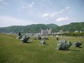 上諏訪駅から高島城・諏訪湖畔巡りで、時を忘れてリフレッシュしよう!
