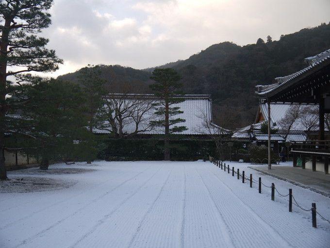 真冬の天龍寺境内は厳かな雰囲気に満たされている
