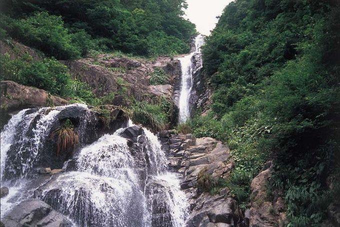 九頭竜峡から仏御前の滝