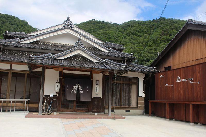兵庫・竹田城の麓「GUEST HOUSE TENKU」はコスパ抜群の宿