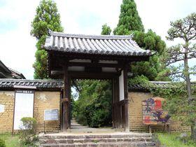 奈良時代と同じ時間が流れる!奈良・海龍王寺で心落ち着くひとときを