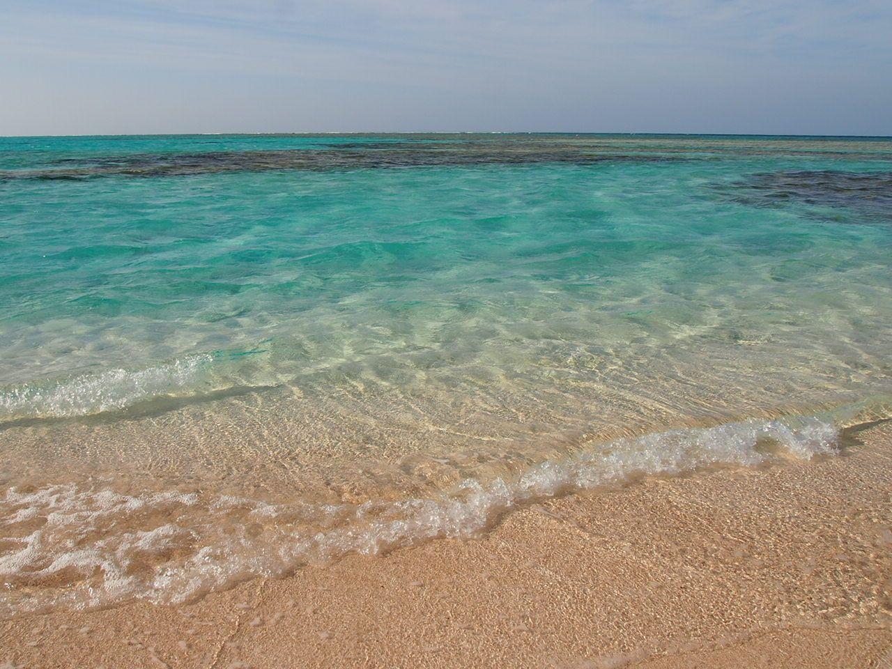 与論島は癒しのビーチの宝庫!
