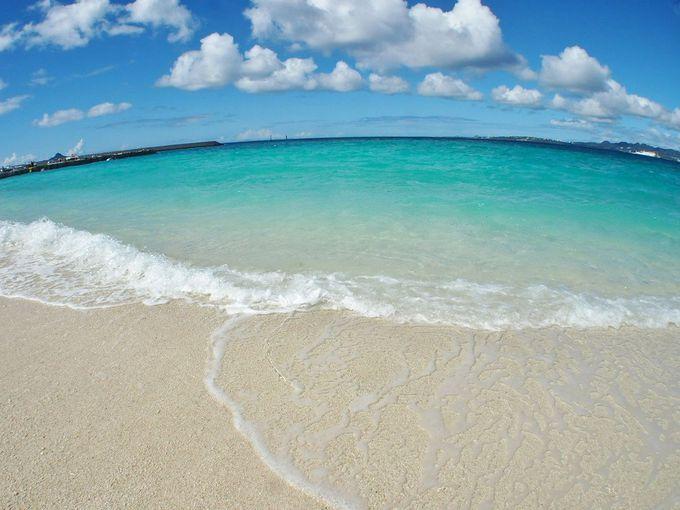 本島からわずか15分!手つかずの自然が残る離島「水納島」