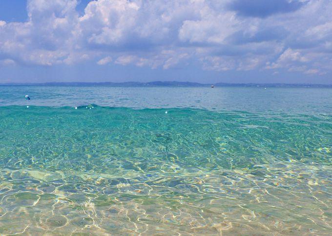 「津堅島」の極上の海で海水浴を楽しもう!