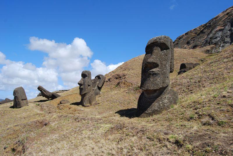 絶海の孤島!世界の七不思議!神秘に満ちた島・イースター島