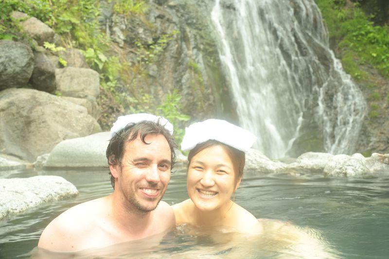 滝あり混浴温泉がすごい!カップル必見♪日光「八丁の湯」へ