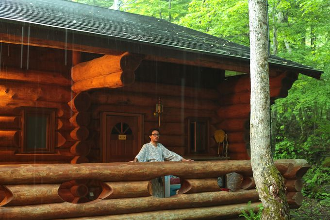 ログハウスの秘密・その1「カナダから取り寄せた丸太で作成」