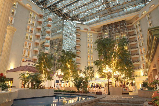 一番の幸せポイント!ホテルクラブリゾートのロビーは高さ37m!