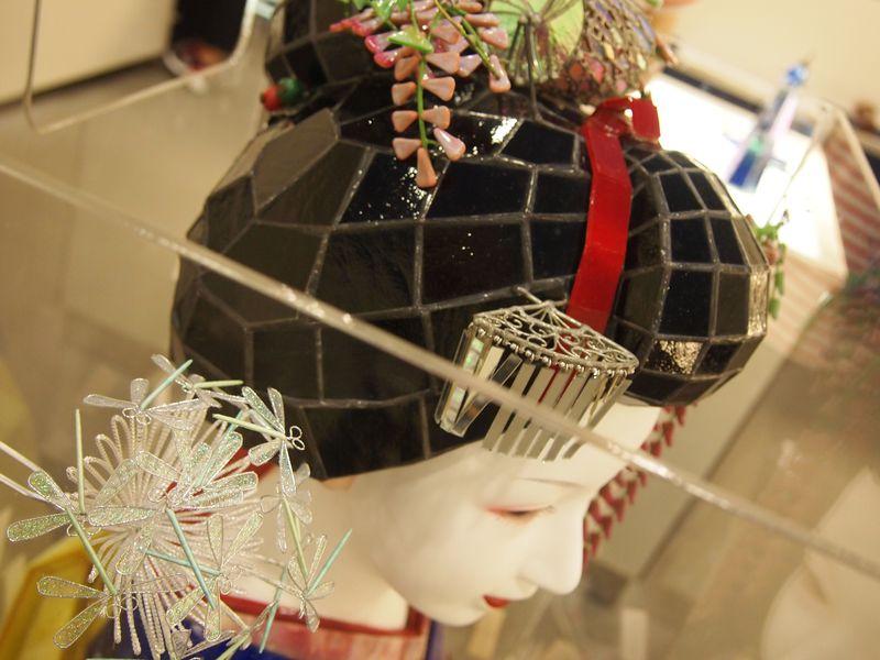 舞妓さんも待っている?京都・万華鏡ミュージアムで癒しの時間!