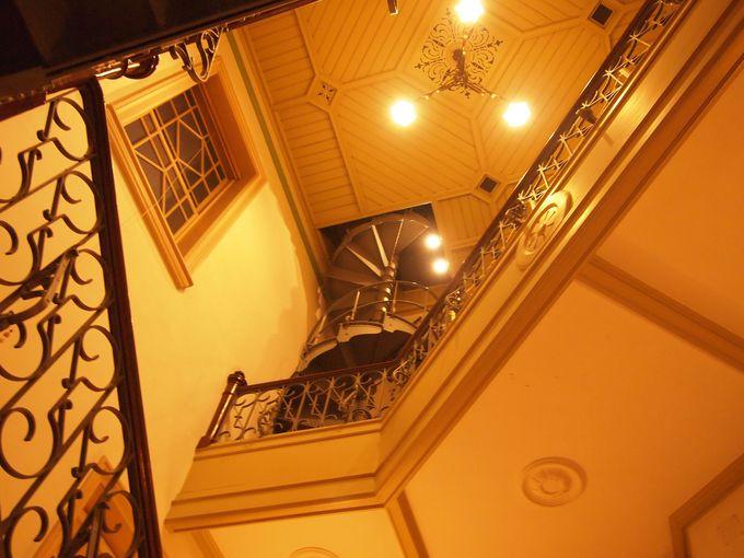 独特の階段