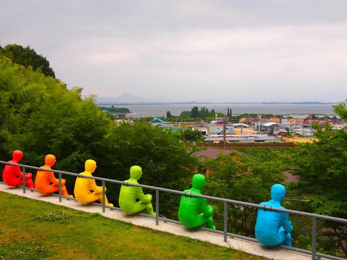 琵琶湖の眺めの素晴らしいキャンパス