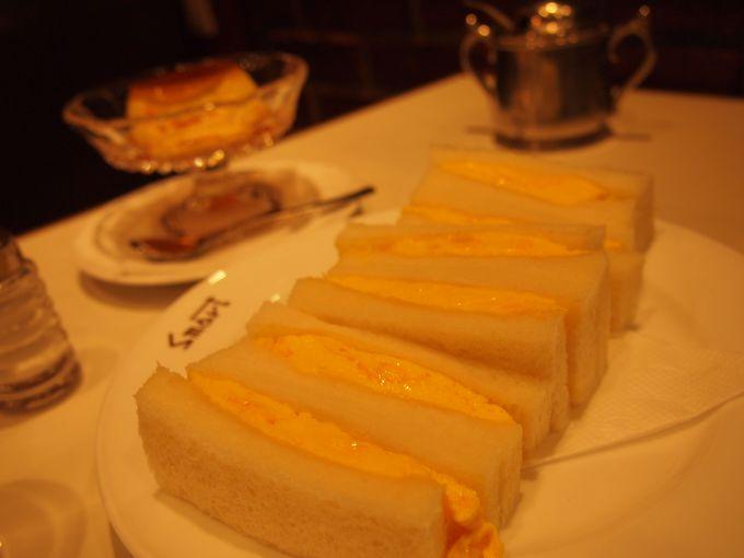 「スマート珈琲店」の色白美人サンド