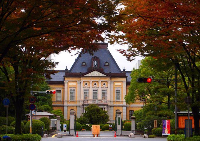 京都府庁 旧本館の正面玄関