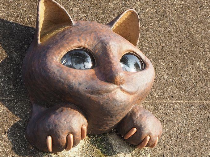個性が光る「ご利益招き猫」