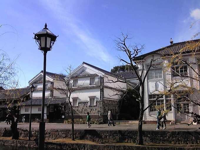 倉敷川沿いをのんびりそぞろ歩き