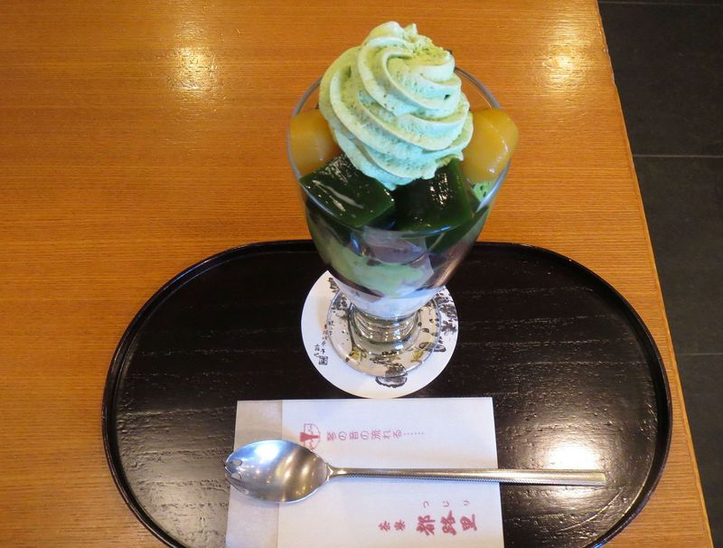 京都駅で雅にお茶を♪「茶寮都路里・京都伊勢丹店」