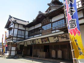 招き狐がご招待!愛媛の芝居小屋「内子座」は100年の歴史