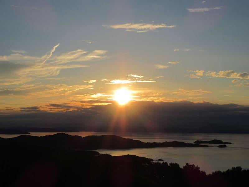 日本の夕陽百選「リゾートホテル オリビアン小豆島」で夕陽のカウントダウン!
