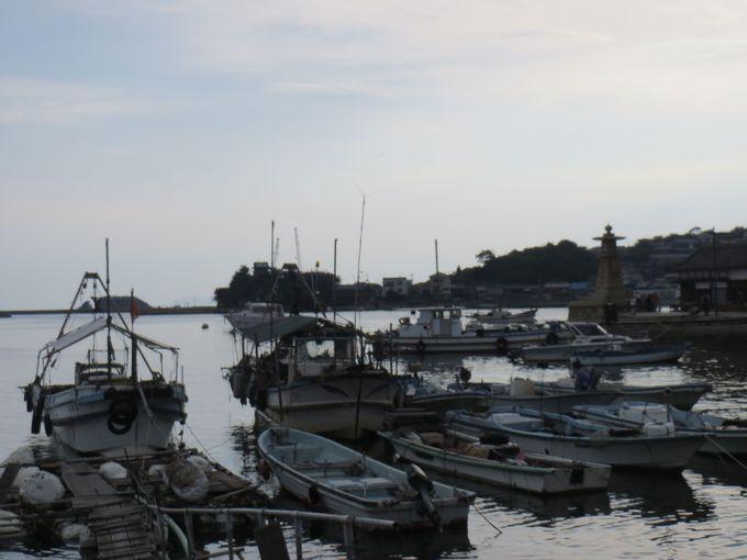 常夜燈とともに鞆港の風情を味わう