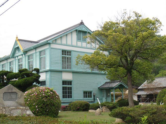 同じ敷地内にある「粟島海洋記念館」
