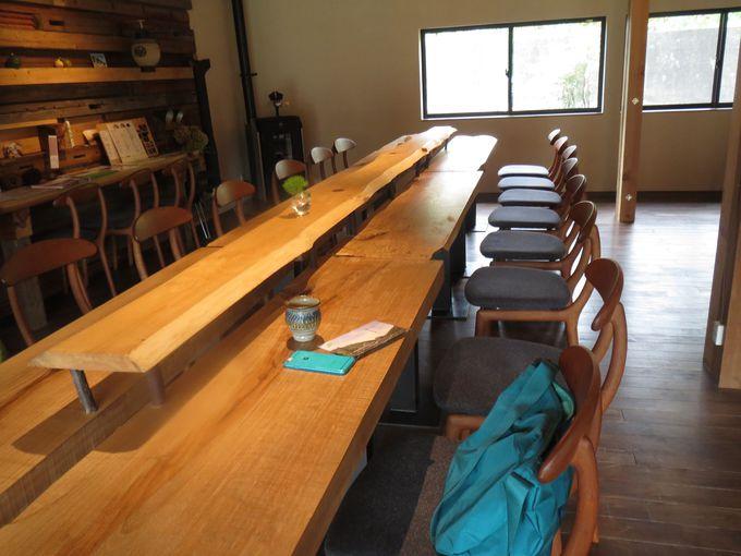 古民家再生の広い食堂