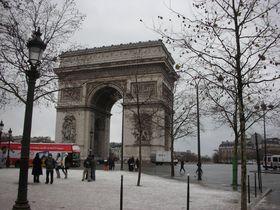 パリは冬が素敵!大人のセンチメンタルな観光スポット5選