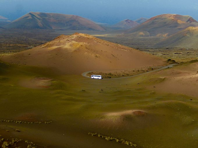 まるで天国と地獄!神秘的な火山地帯のティマンファヤ国立公園
