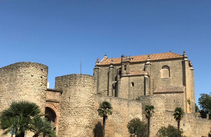 中世の雰囲気を色濃く残す旧市街は素敵な散歩道!