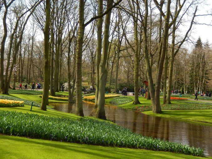 貴族や富豪の庭園だった歴史あるキューケンホフ公園!