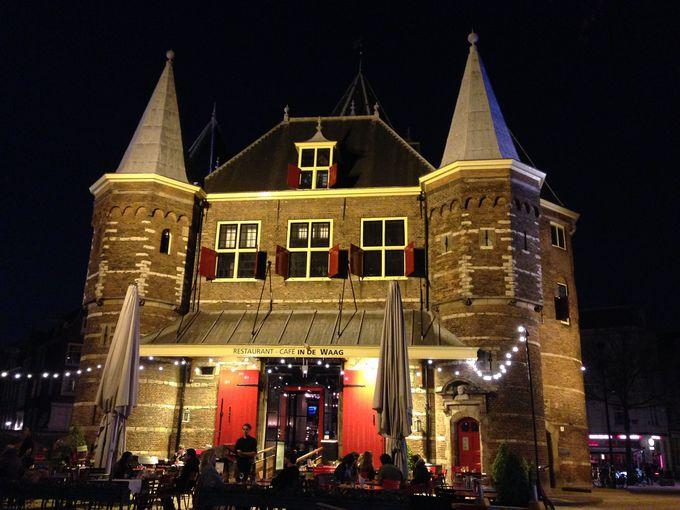 歴史的な中世の建物で食事はいかが?レストラン『IN DE WAAG』