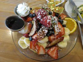 ハワイを代表するパンケーキの名店「カフェ・カイラ」本場の味とは