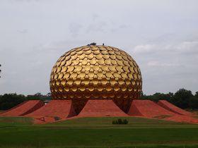 南インドのフランス!ポンディシェリと黄金のゴルフボール