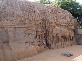 世界最大規模のレリーフ!南インド「ガンガーの降下」