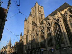 IC特急とトラムで!中世の面影が残るベルギーの古都ゲント