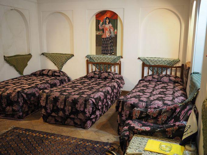 MEHRの宿泊室は、クラシックな部屋だった!