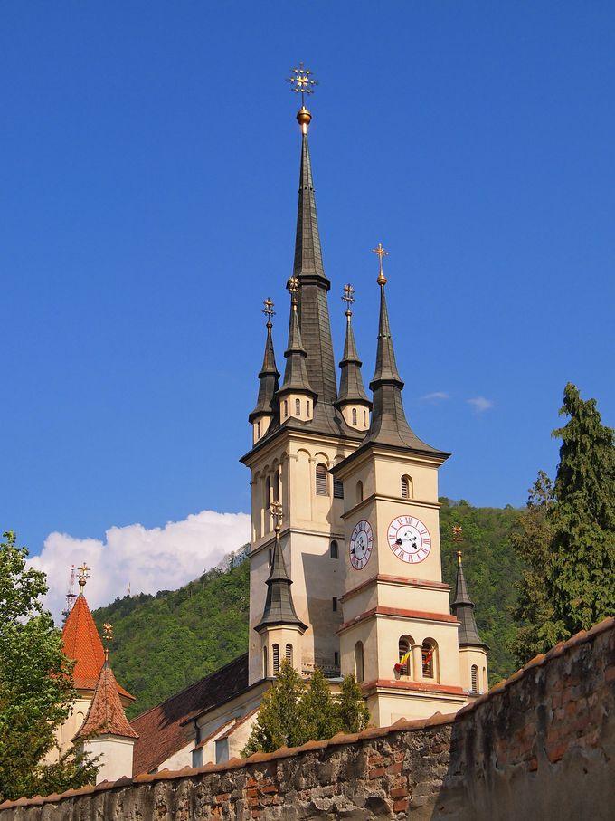 ヨーロッパ随一の美しい教会: 聖ニコラエ教会