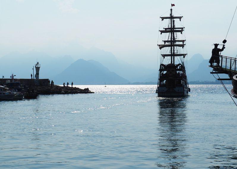 アンタルヤの港