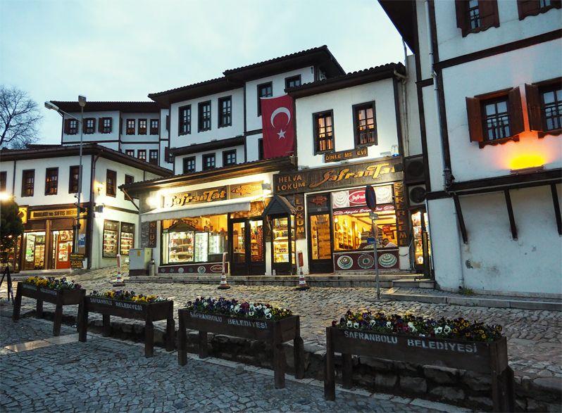 世界遺産サフランボルでトルコの古民家の街並みと生活展示を楽しもう!